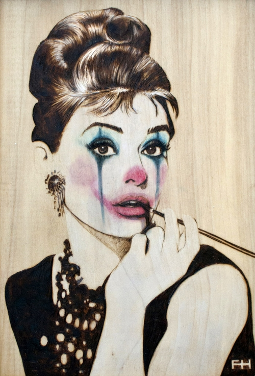 06-Audrey-Hepburn-Fay-Helfer-Pyrography-Game-of-Thrones-and-other-Paintings-www-designstack-co