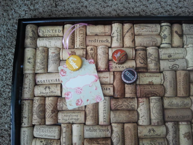 Attention deficit and creative disorder what i 39 m making for Making a cork board from wine corks