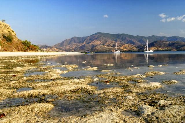 Yacht zen again tangil island for Plenty of fish anchorage