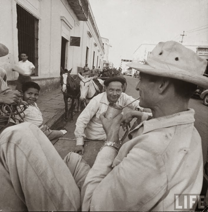 La Asunción a la que Lara Bareiro nunca pudo regresar, la Asunción de la década de 1950 (Foto: archivo de la revista LIFE)