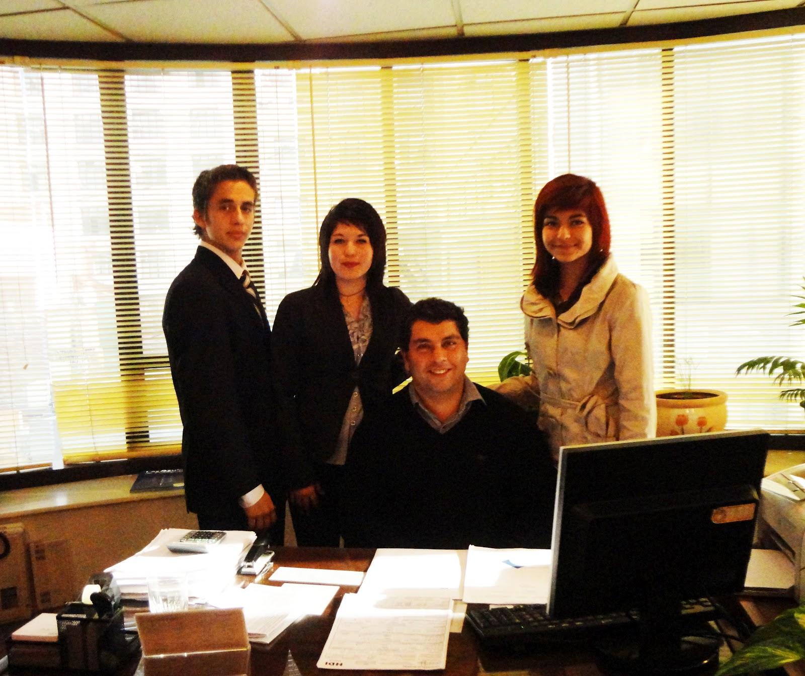 Trabajo comercio exterior banco comercial for Banco exterior empleo
