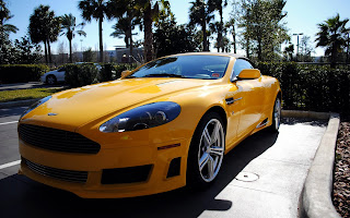 Aston Martin DB9 Volante Wallpaper