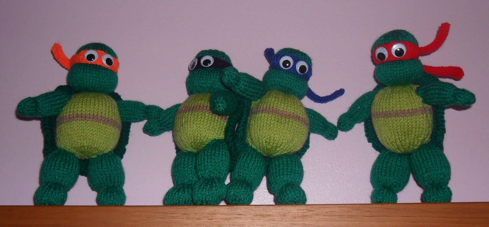 Knitted Turtle Pattern : Busy Crafting...: Teenage Mutant Ninja Turtles Knitting Pattern to Knit Actio...