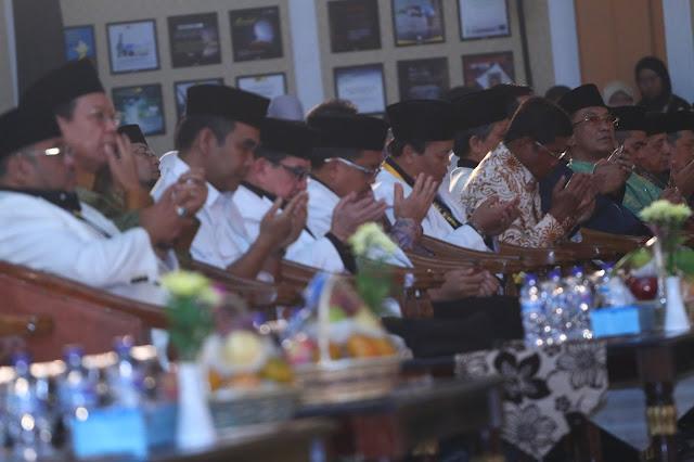 Peserta Munas PKS Doakan Indonesia Segera Diguyur Hujan