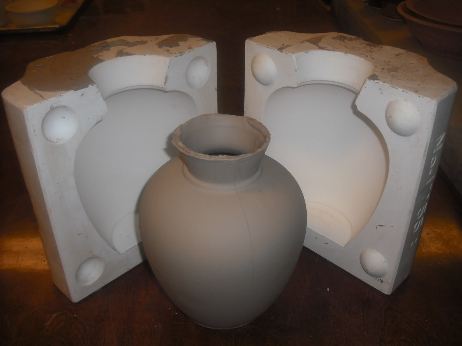 Mudd Culture A Photojournal Of Ceramic Process And Design