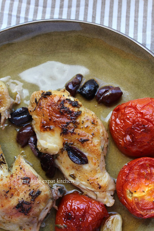 My Little Expat Kitchen: Chicken with tomatoes and olives