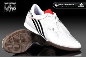 Sepatu Futsal adidas f10