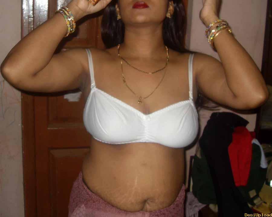 Indian Aunty Removing Bra