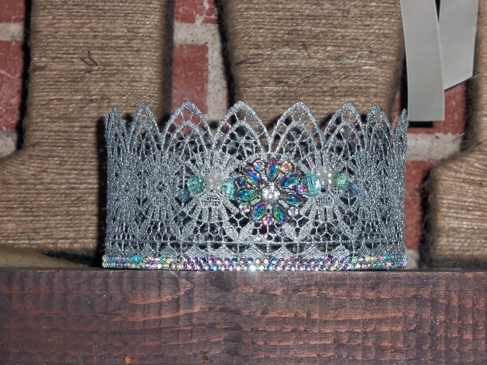 Alice Scraps Wonderland:  DIY lace crown for a Frozen birthday party +  ideas for an Elsa inspired tutu dress and shoes on blog.
