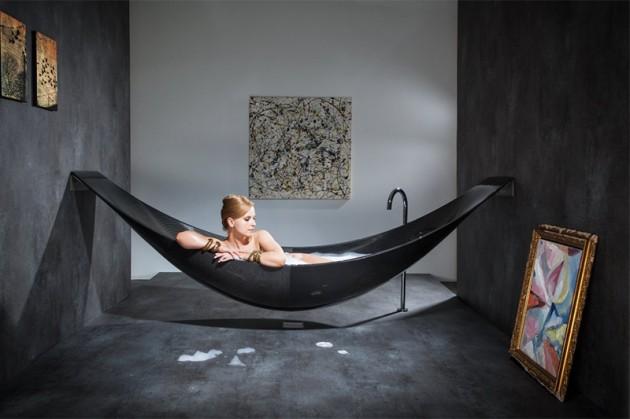 Luxury Bathtubs Provide Total Comfort