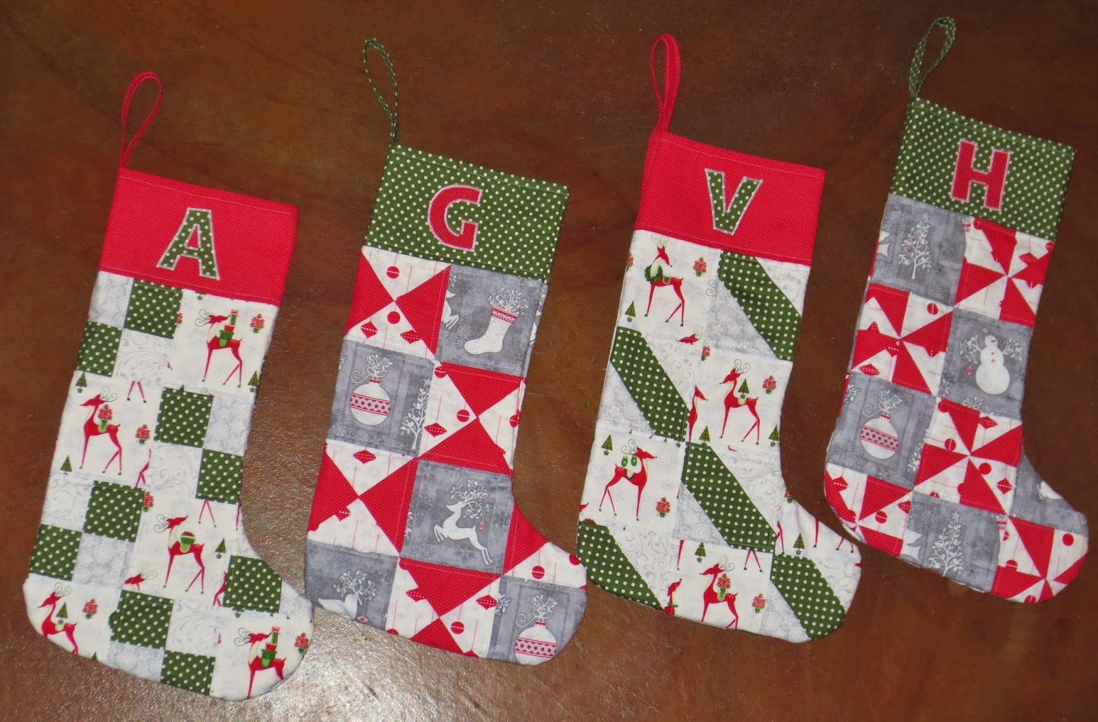 Theelegantartist diy fussy cut quilted christmas stockings