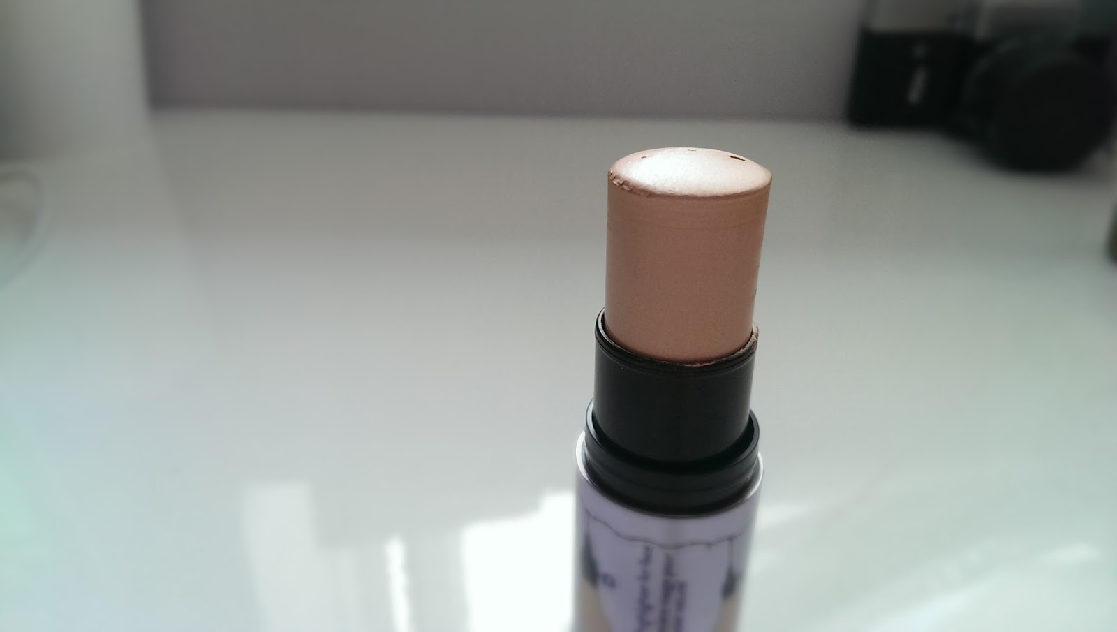 August 2013 Makeup Pixi3 Lock It Cushion Lip Pen 10 Nudi Beige Watts Up Fully Extended To Show How Much Product There Is