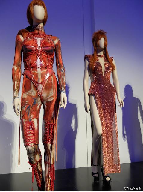 costume de scène squelette corps humain et robe paillettes Mylène Farmer Jean-Paul Gaultier,  expo JPG Grand Palais Paris