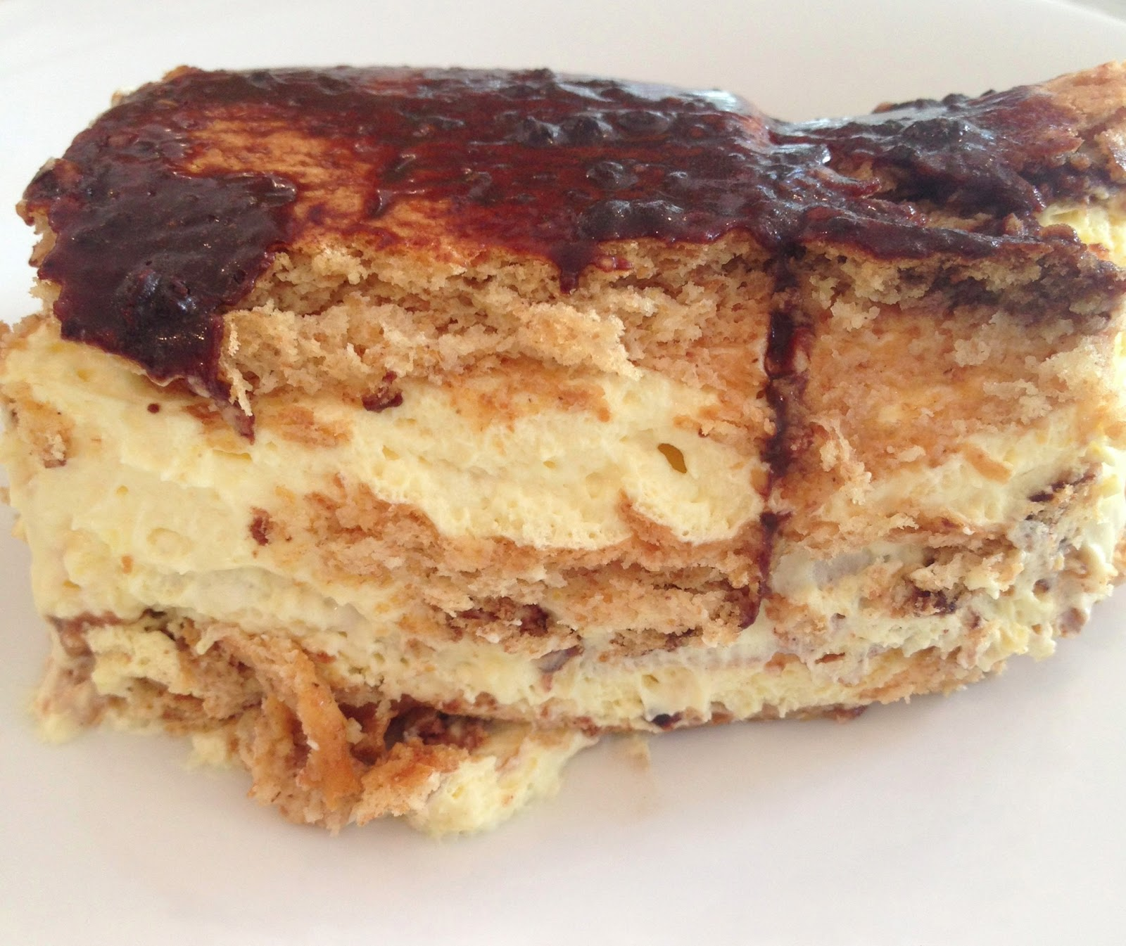 eclair cake | Well-Traveled Wife