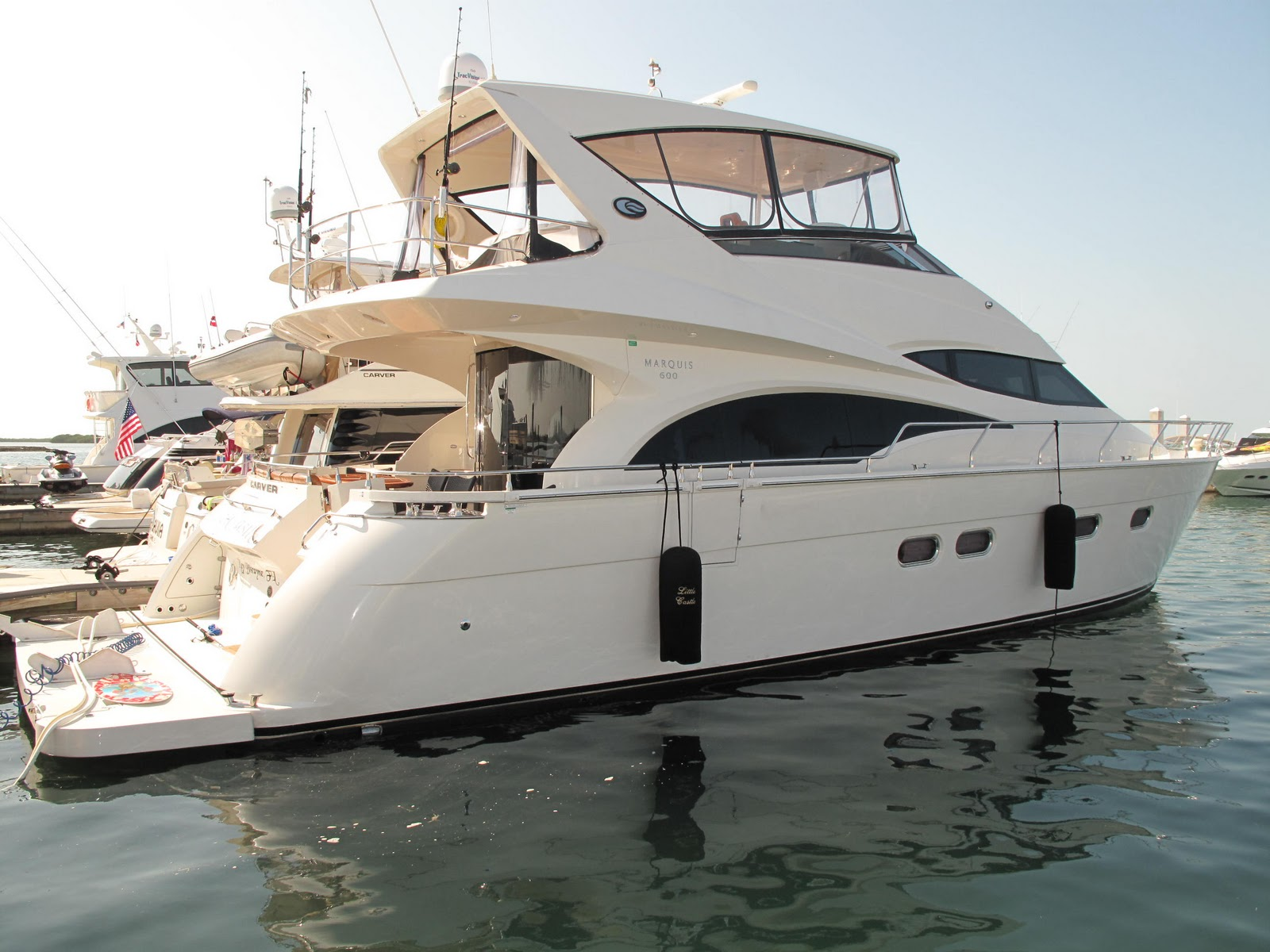 golden yacht charters beautiful  marquis yacht  rent miami yacht charters  boat rentals