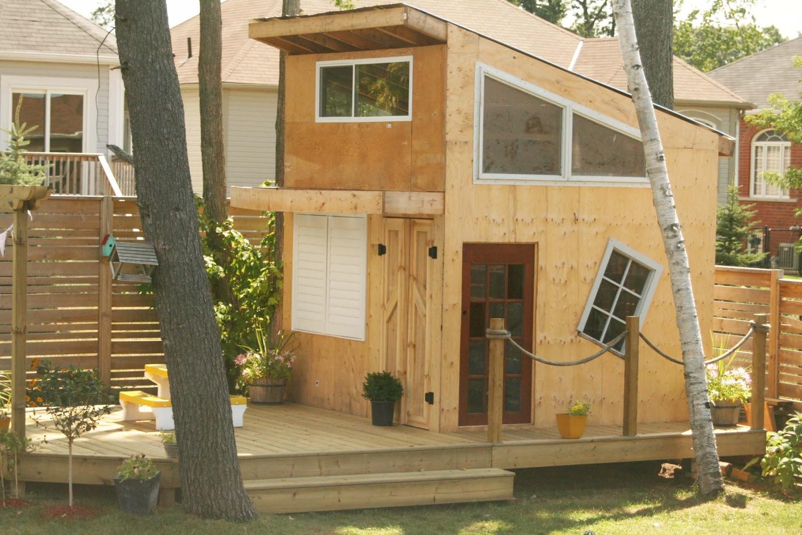 Step by step tree house photos modern tree house for Tree house window ideas