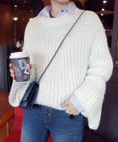 Chunky Knit Bell Sleeve Sweater