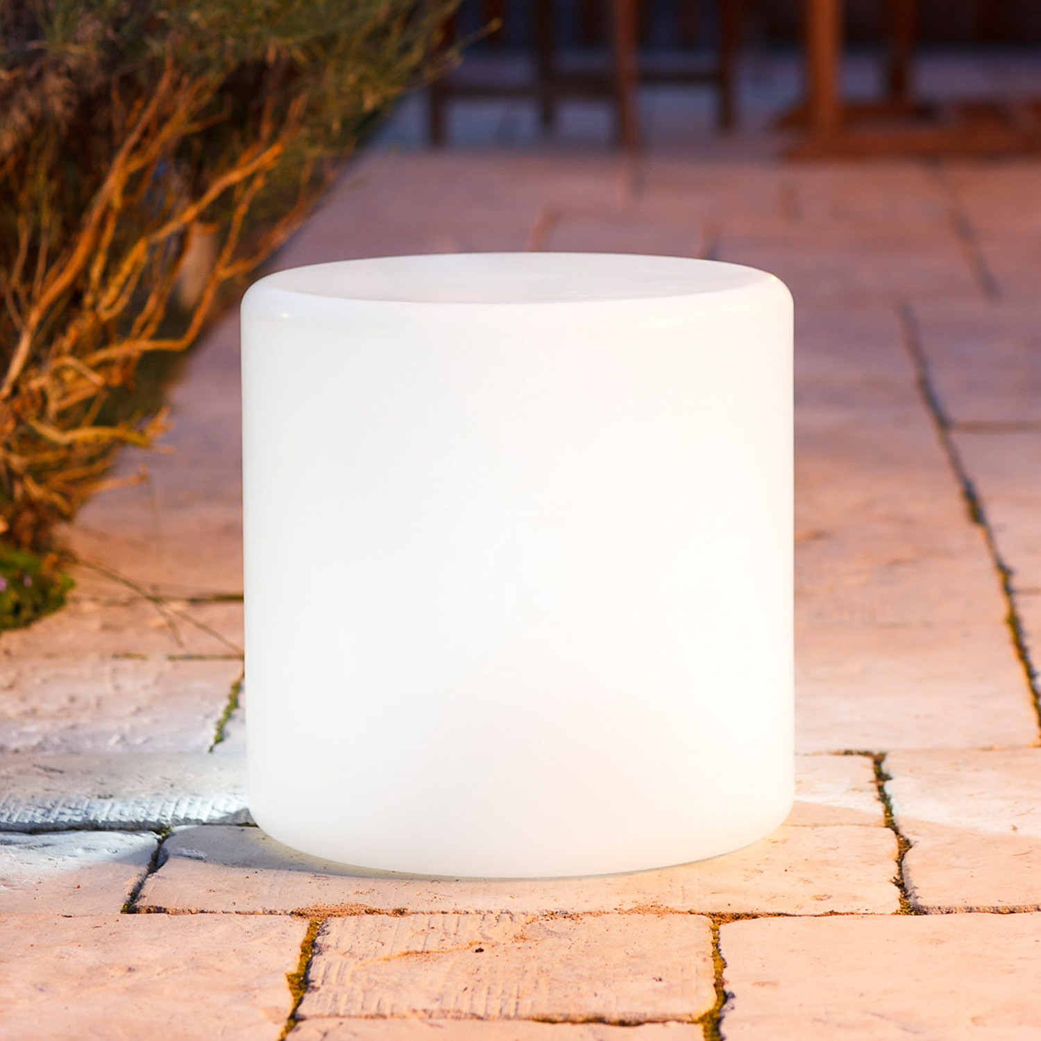 Cylinder Light by Sophie Ruhland
