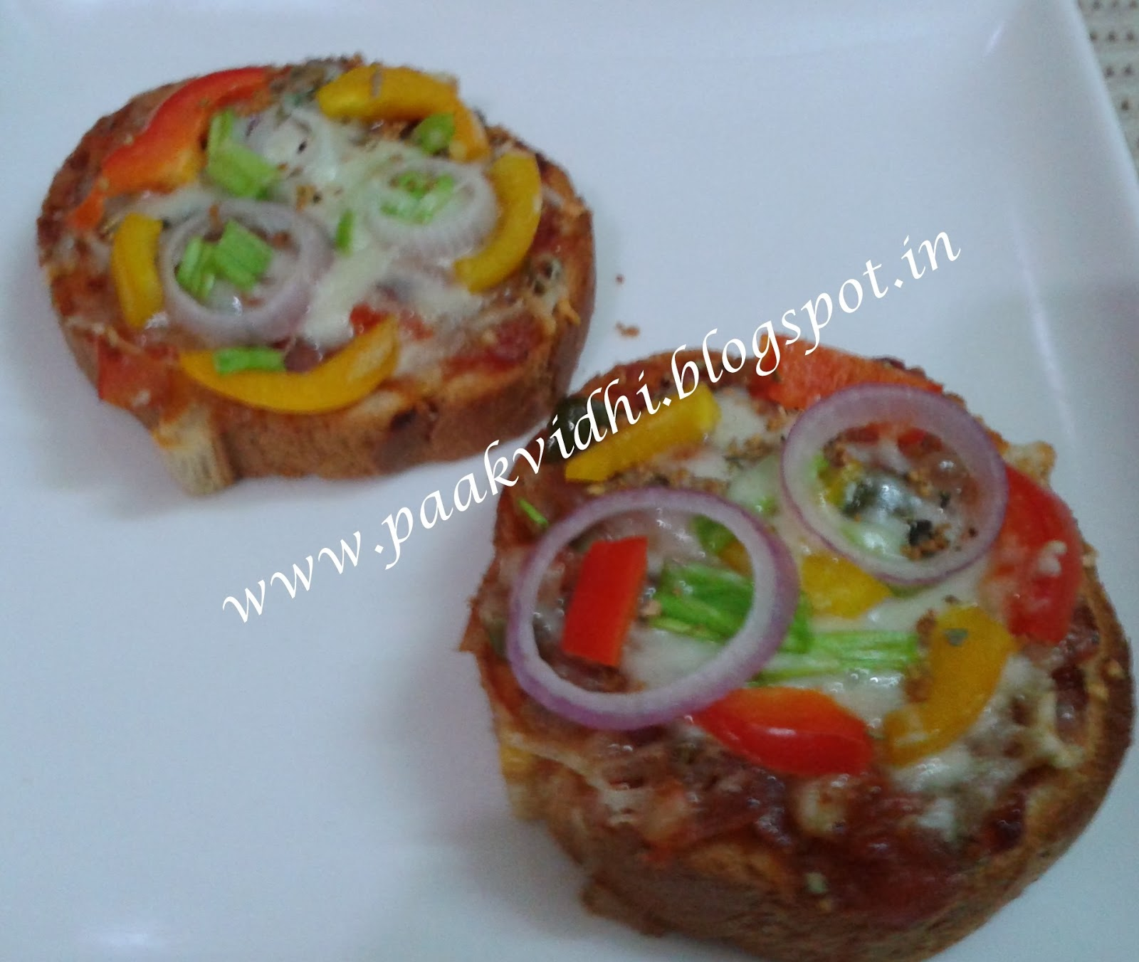 http://paakvidhi.blogspot.in/2014/01/cheesy-garlic-toast.html