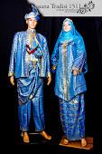 Baju Pengantin - Baju Layang Biru dan Kebaya Labuh untuk disewa