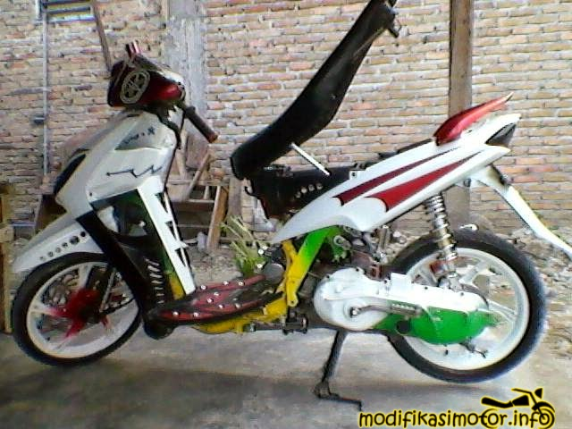 modifikasi mio warna putih racing look