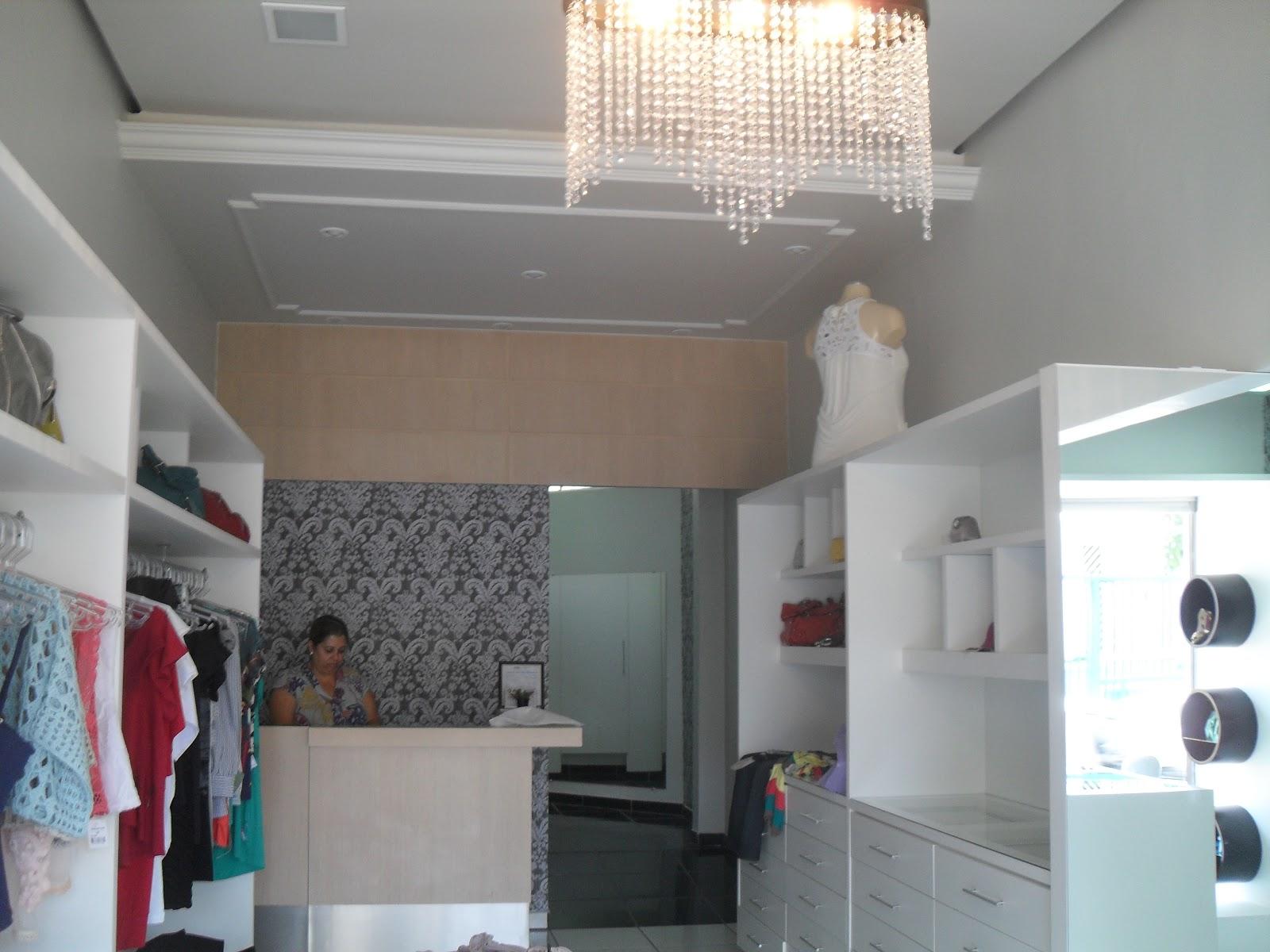 decoracao de interiores lojas:para acomodar uma pessoa que se responsabiliza também pela parte de