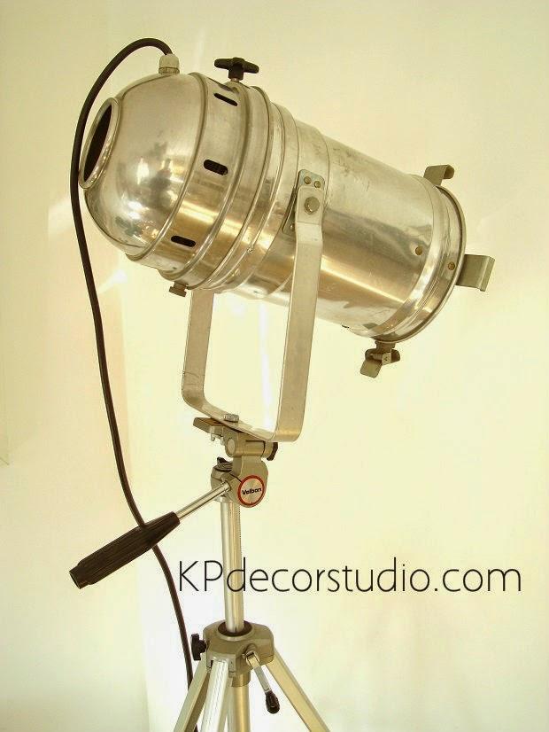 Comprar lámpara de cine antigua. focos de teatro vintage