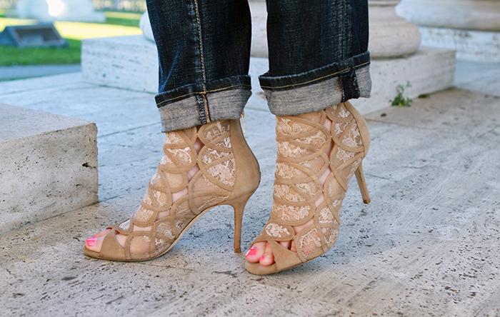 shoe blogger
