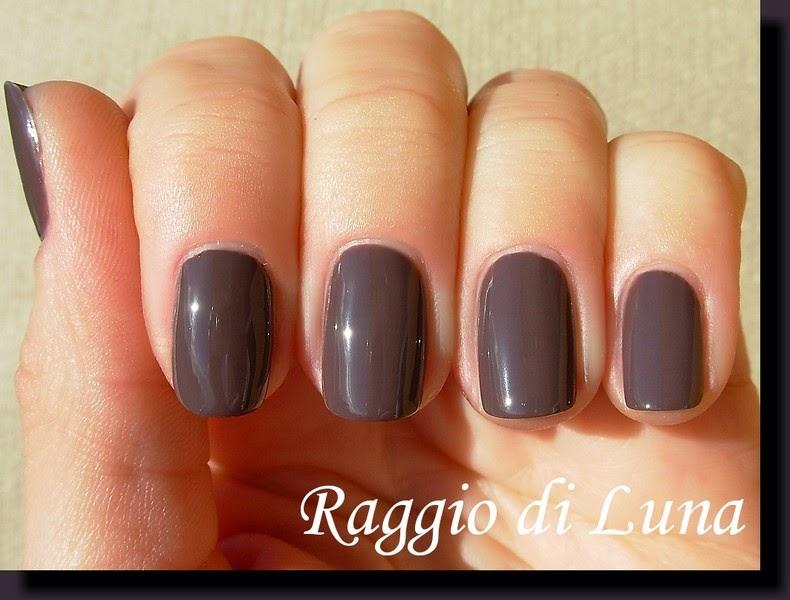 Raggio di Luna Nails: Kiko So Stylish Nail Lacquer n° 03 Taupe