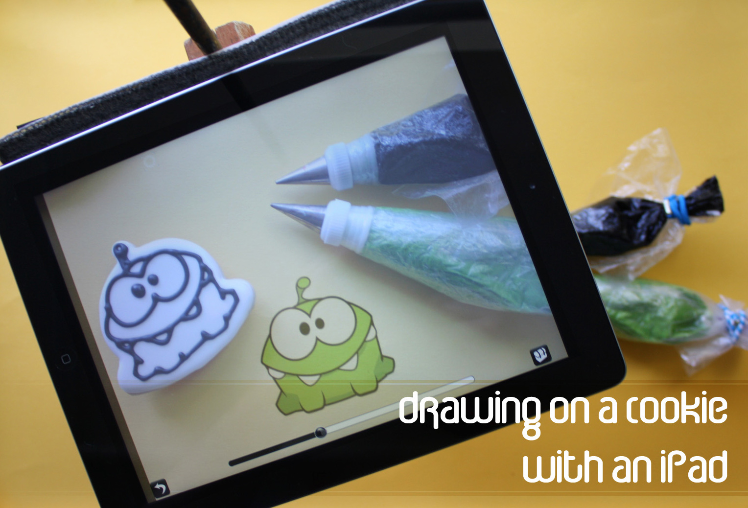 how to draw on a cookie with an ipad