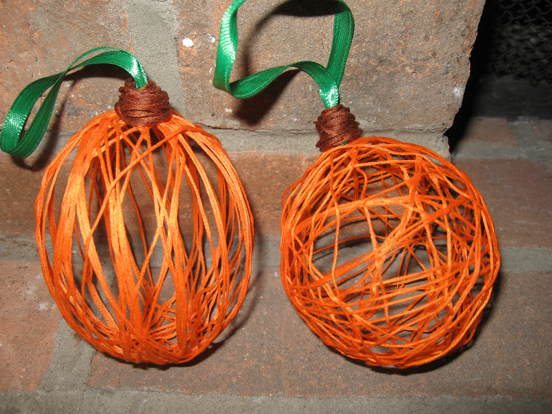 Craft Klatch ®: Halloween String Pumpkin Craft Tutorial