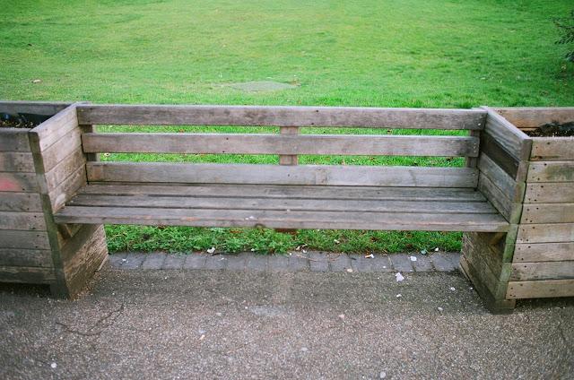 London bench Waterloo Millennium Green