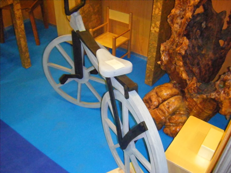 bicicleta madeira