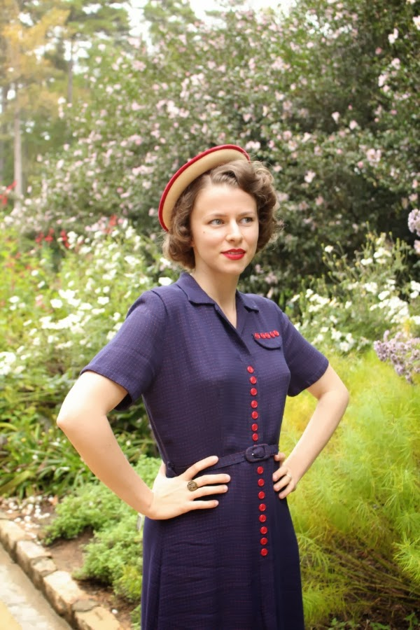 Outfit #8 of My Vintage Autumn Recap #vintage #fashion #1940s #style #dress
