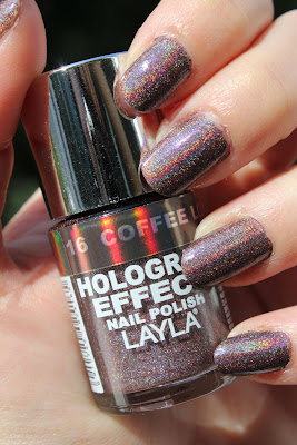 http://lacquediction.blogspot.de/2013/07/layla-hologram-effect-16-coffee-love.html
