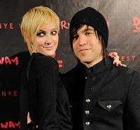 Pete+Wentz+%2526+Ashlee+Simpson Celebrity wedding anniversaries