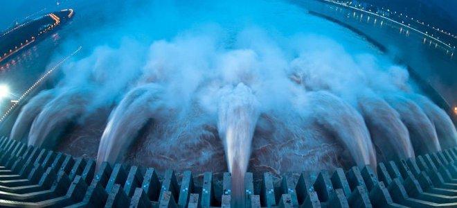 Το μεγαλύτερο φράγμα στον κόσμο-Ισχύς όσο 15 πυρηνικοί αντιδραστήρες [βίντεο]