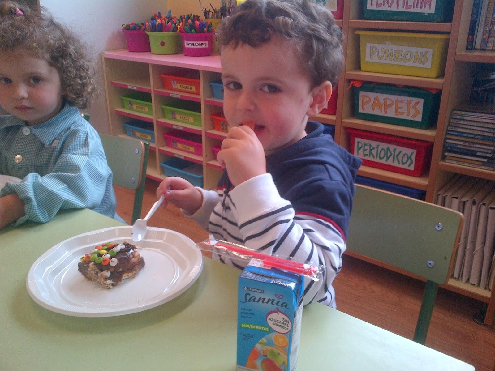 Emmanuel cumple 3 años