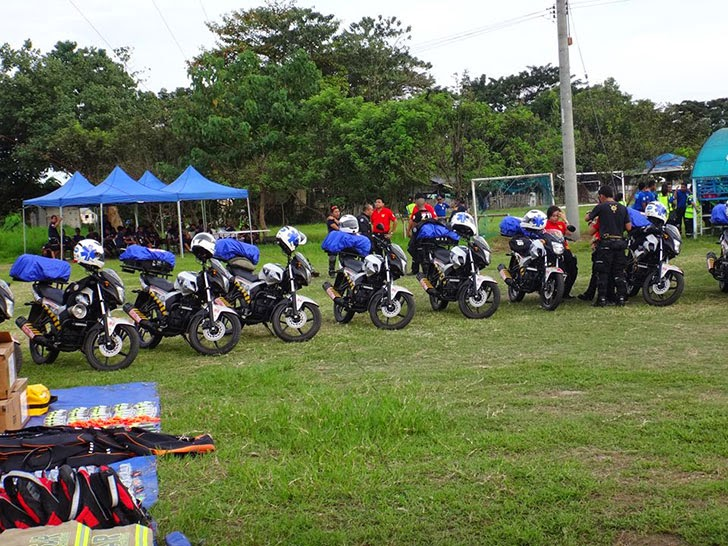 Duterte Turns Over Motorcyles to Davao 911