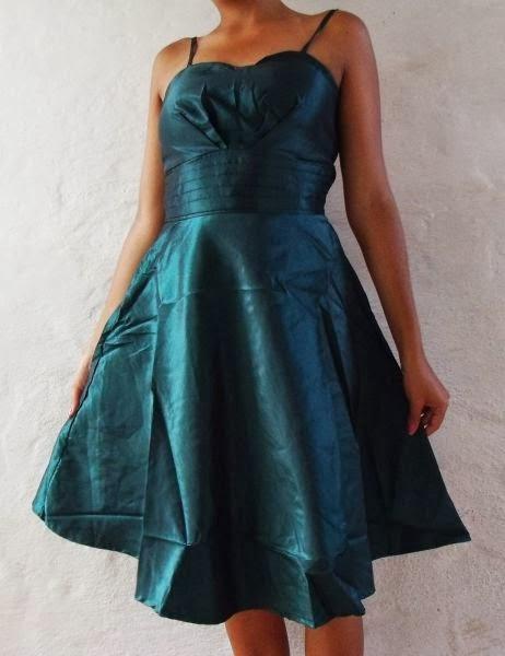 http://closetmoda.loja2.com.br/3383449--Vestido-de-Festa