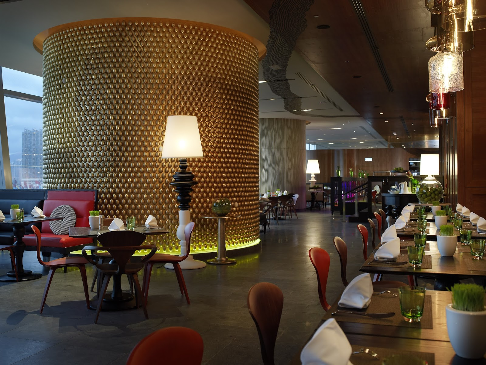 KITCHEN\'S FREE FLOW CHAMPAGNE SUNDAY BRUNCH W Hotel Hong Kong ...