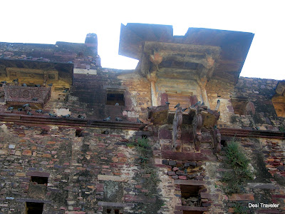 palace in ruins ranthambore fort