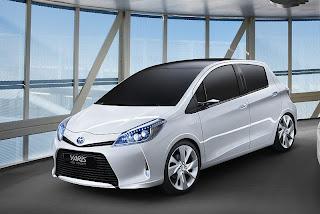 2011 Toyota Yaris HSD Concept