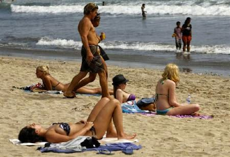 Playa secreta en Bali, Exótica playa en Bali, vacaciones a Bali, surf en Bali, luna de miel, aventura en Bali,