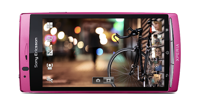 Sony Ericsson Xperia Arc S imagen frontal en rosa