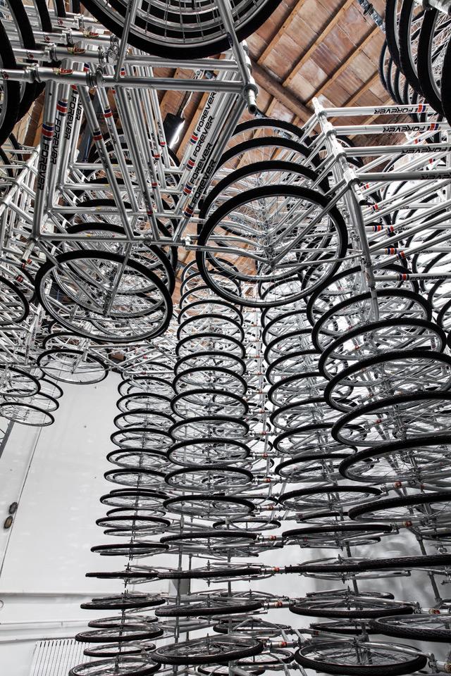 760 bicicletas empilhadas, arte de Ai Weiwei
