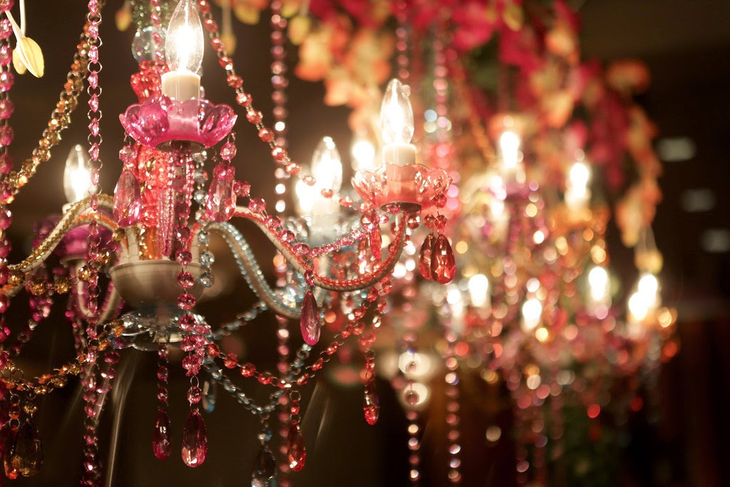 indian wedding, mehndi, decor, chandelier