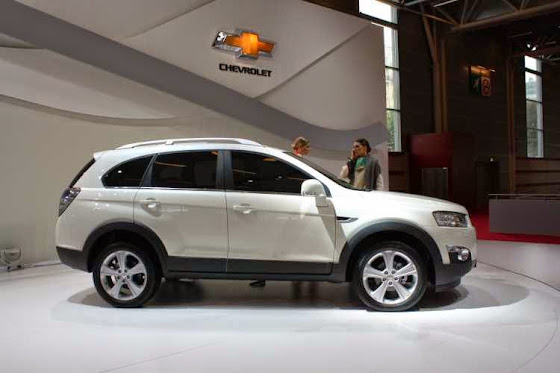 All New Chevrolet Captiva Side View