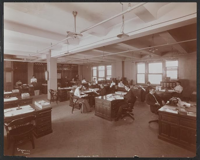 The Delineator editorial office c. 1904 (From the Collections of the Museum of the City of New York)