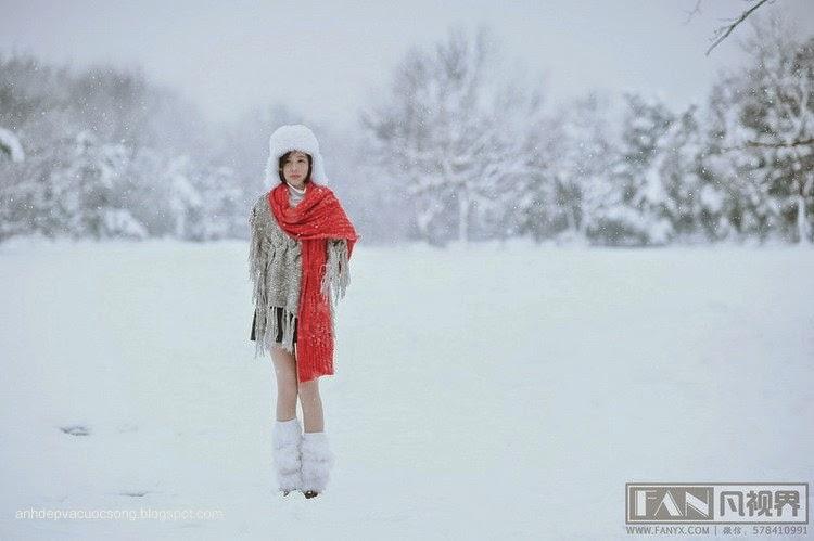 Dạo chơi ngoài tuyết lạnh 4